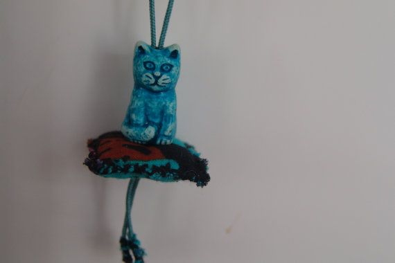 Turquoise Pillow Cat by CreationsbyTzeniKa   Created by JKa. Available at https://www.etsy.com/shop/CreationsbyTzeniKa #CreationsbyTzeniKa