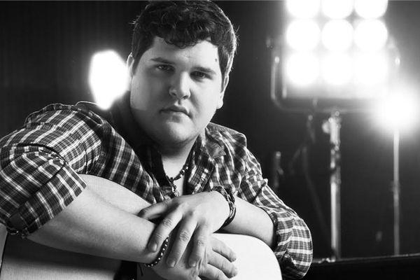 American Idol finalist Dexter Roberts to release single   Radioandmusic.com