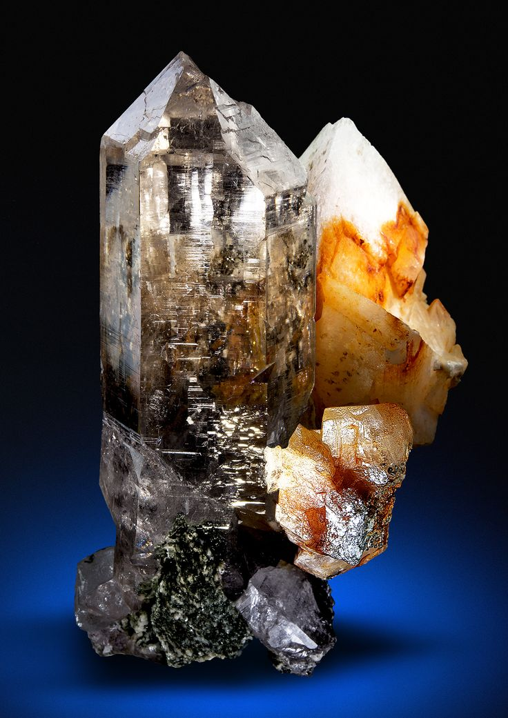 Quartz with Adularia.