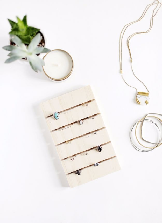 Mejores 3715 imgenes de diy fashion jewelry en pinterest collares diy mothers day gift ideas diy ring display homemade gifts for moms crafts solutioingenieria Gallery