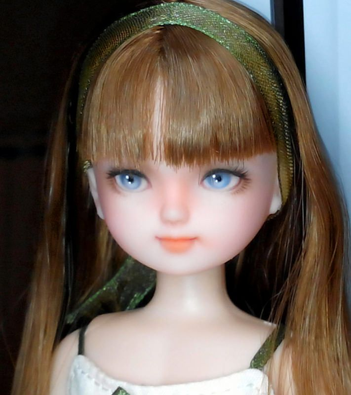 Licca repaint (doll owned by VikyLiky)