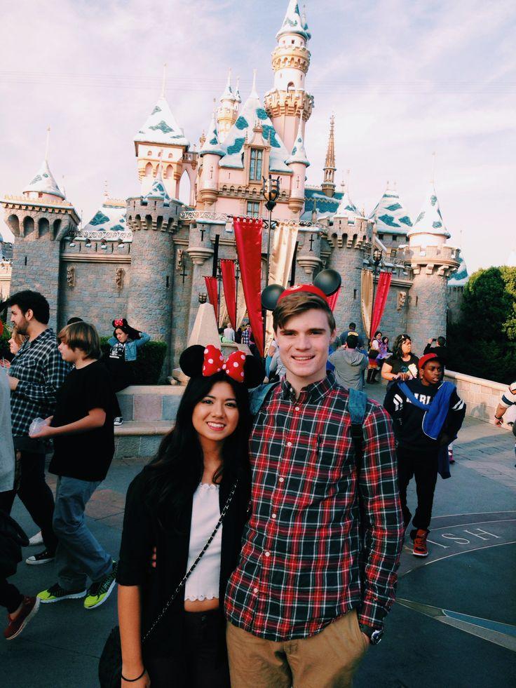 Cute Couple Photos at Disneyland | POPSUGAR Love & Sex