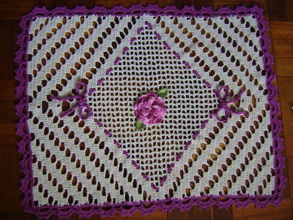 Tapete Flor e Laço em Crochê