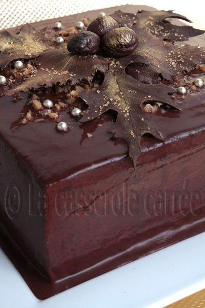LA CASSEROLE CARRÉE: Gâteau à la crème de marrons et caramel au chocolat