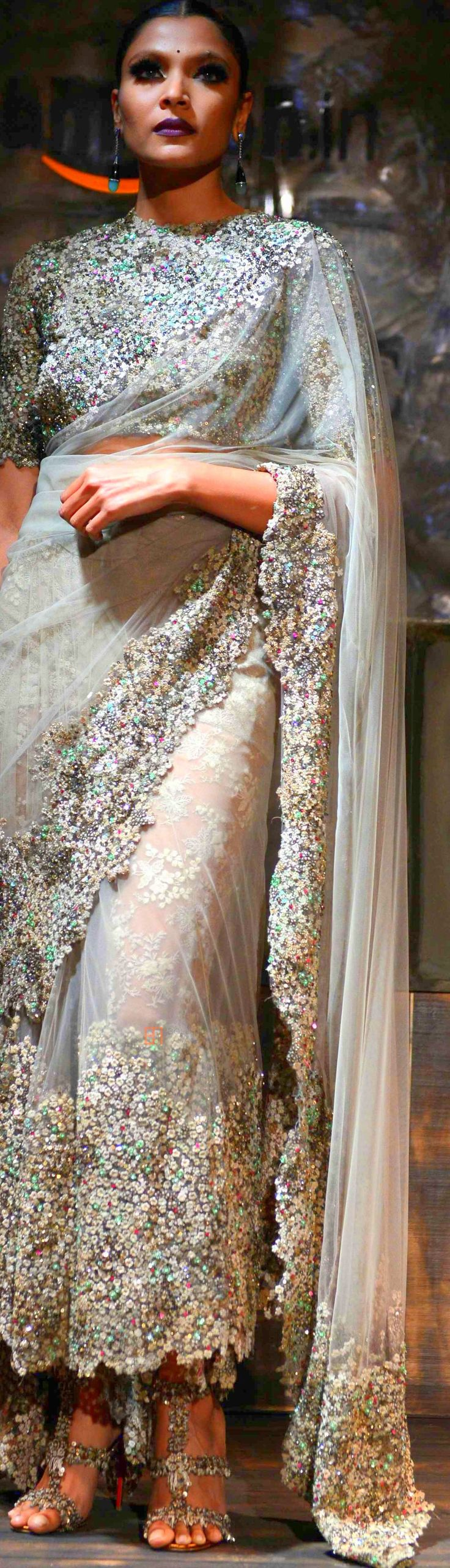 Sabyasachi Mukherjee at Amazon INDIA Couture Week 2015 ♕♚εїз | BLAIR SPARKLES |