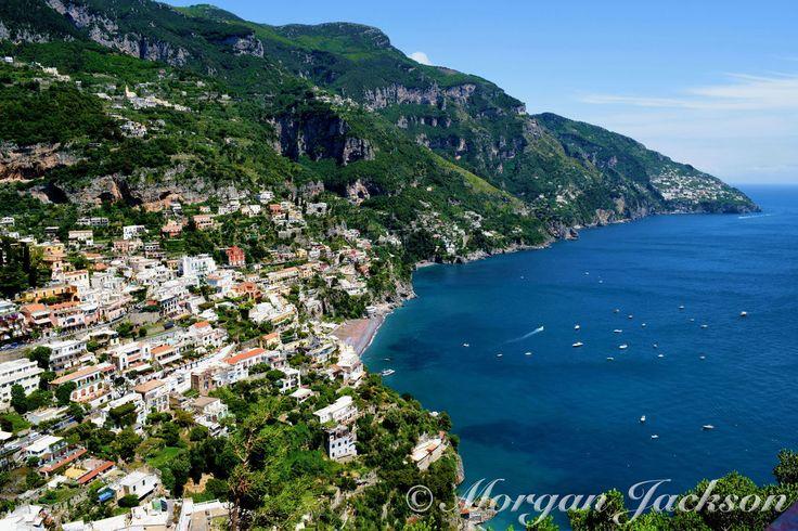 #TheTravellingSchipperke #Travel #Wanderlust #Italy #Amalfi #AmalfiCoast #Beach #Beautiful #BlueWater