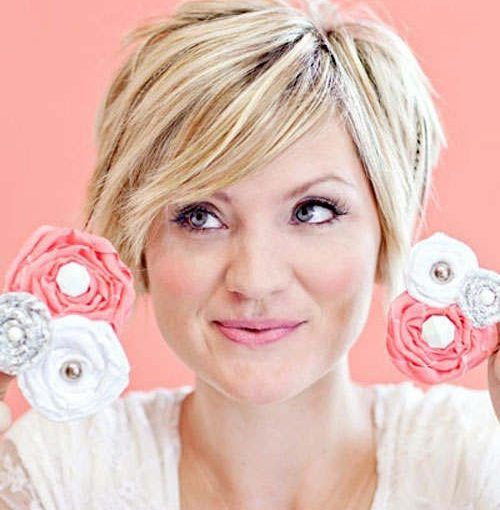 The 25 best Short hair round face plus size ideas on Pinterest