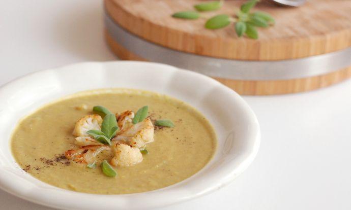 Tuto polévku plnou zeleniny si zamilujete. Na zahuštění moukou zapomeňte....