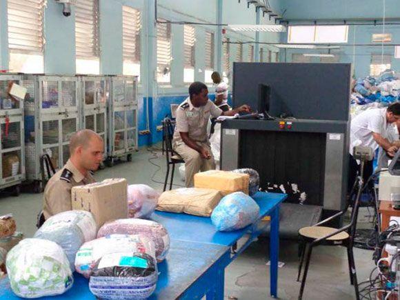 Conexion Cubana - Ladrones en el servicio postal