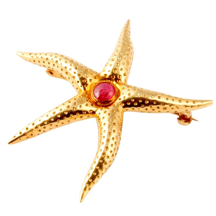TIFFANY Gold and Cabochon Ruby Starfish Brooch/Pin.    Contemporary