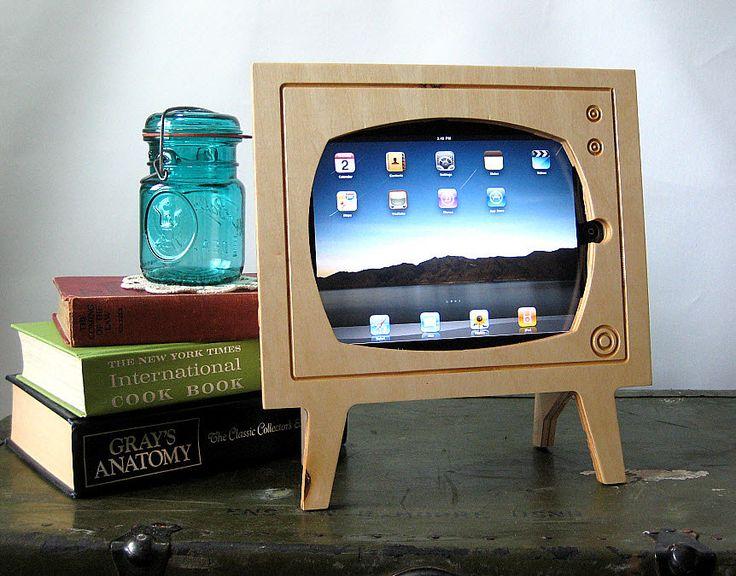 Handmade Natural Wood Ipad Dock - Retro TV - Eco Friendly