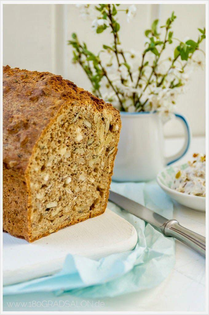Rezept für ein Vollkorn-Nuss-Brot mit einem leicht feurigem Datteldip