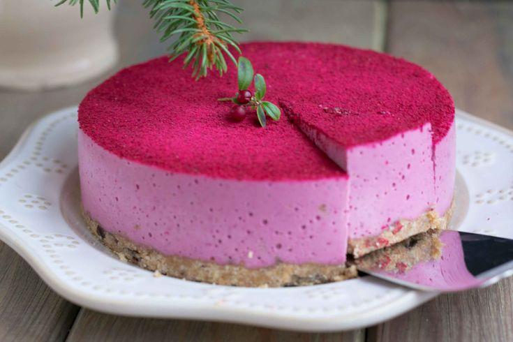 Вегетарианский брусничнй торт