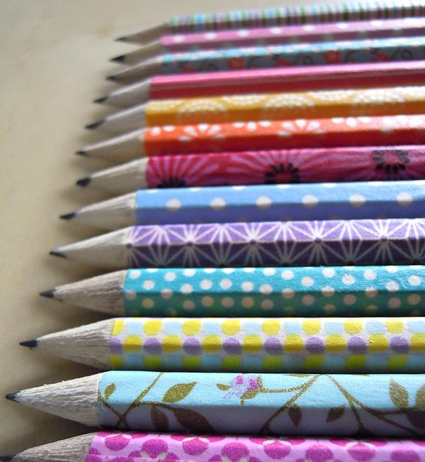Petits crayons suédois et masking tape - café frais