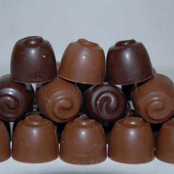 boule de chocolat avec du blanc dedans  tout sucrée et pas bon