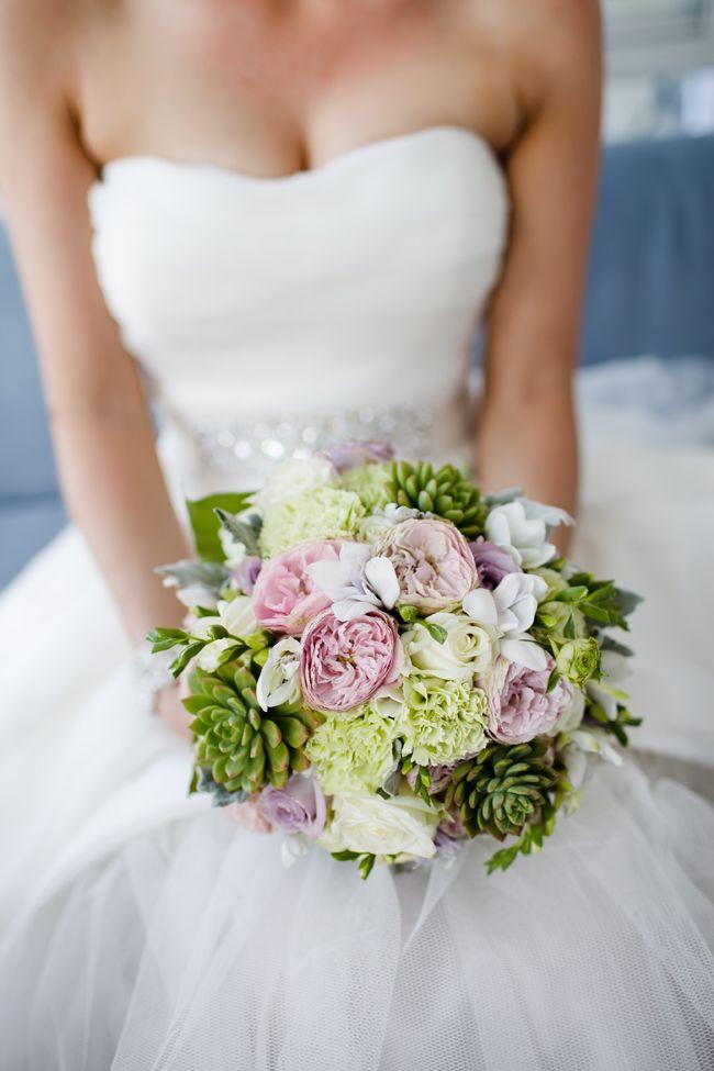 Real Wedding: Penny & Duane on Maroochy River | The Bride's Tree - Sunshine Coast Wedding | Ginger Lily & Rose Floral Studio