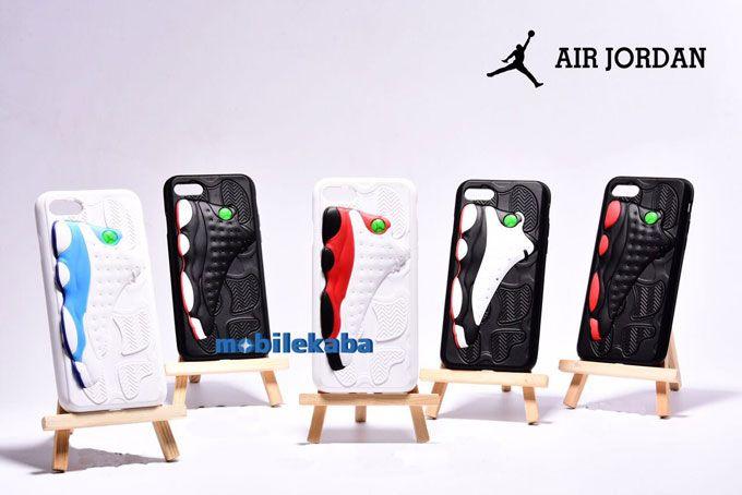 運動風ブランドのエアジョーダンiPhoneX、iPhone8、iPhone7ケース。エアジョーダン13のスニーカー3D設計でカッコイイ!高級素材採用されて保護力抜群のケースだ