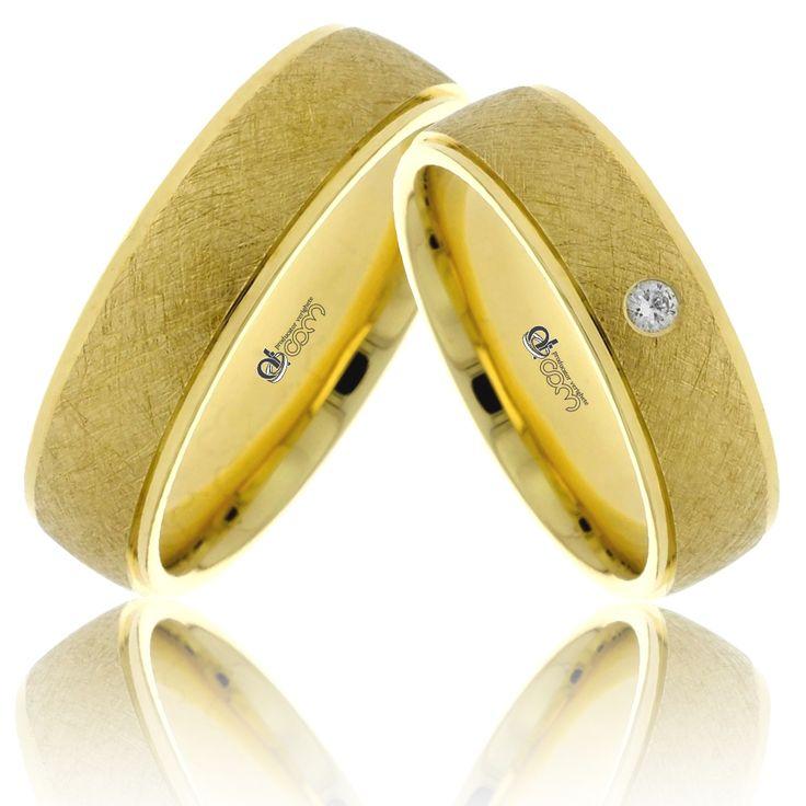 Ai 20% reducere la achizitionarea perechii de verighete de lux Esmeralda din aur galben!   http://www.verigheteatcom.ro/verighete-atcom-lux-esmeralda-aur-galben_843.html