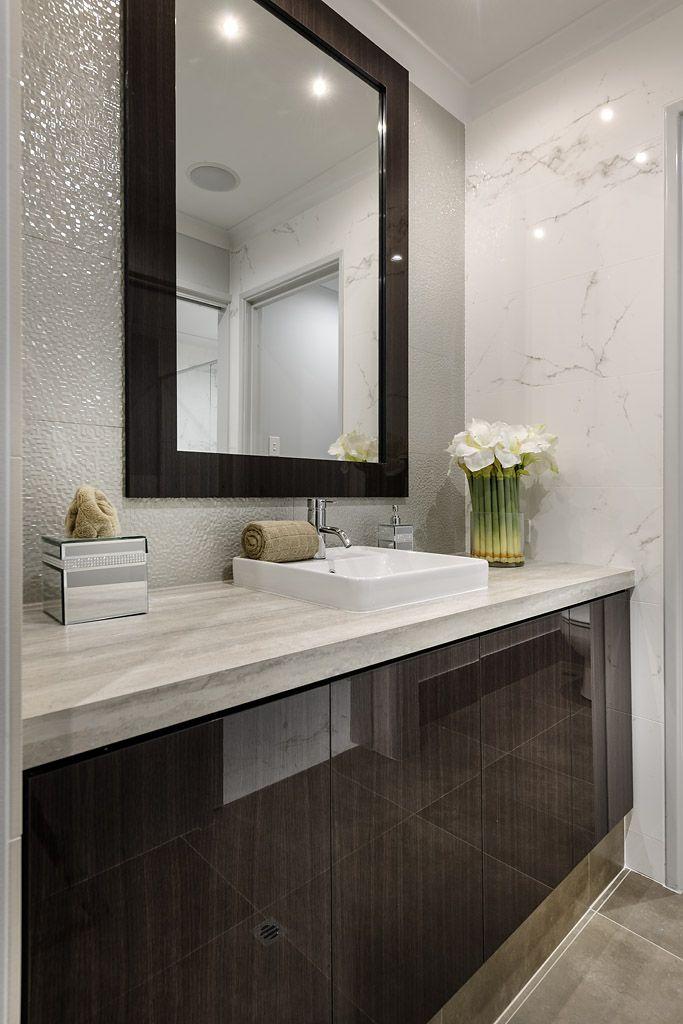 Bathroom design ideas long narrow 2017 2018 best cars reviews - Petit espace ontwerp ...