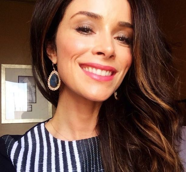 Abigail Spencer taps into her saltwater roots to give us the essentials for riding this season's heat wave in style.