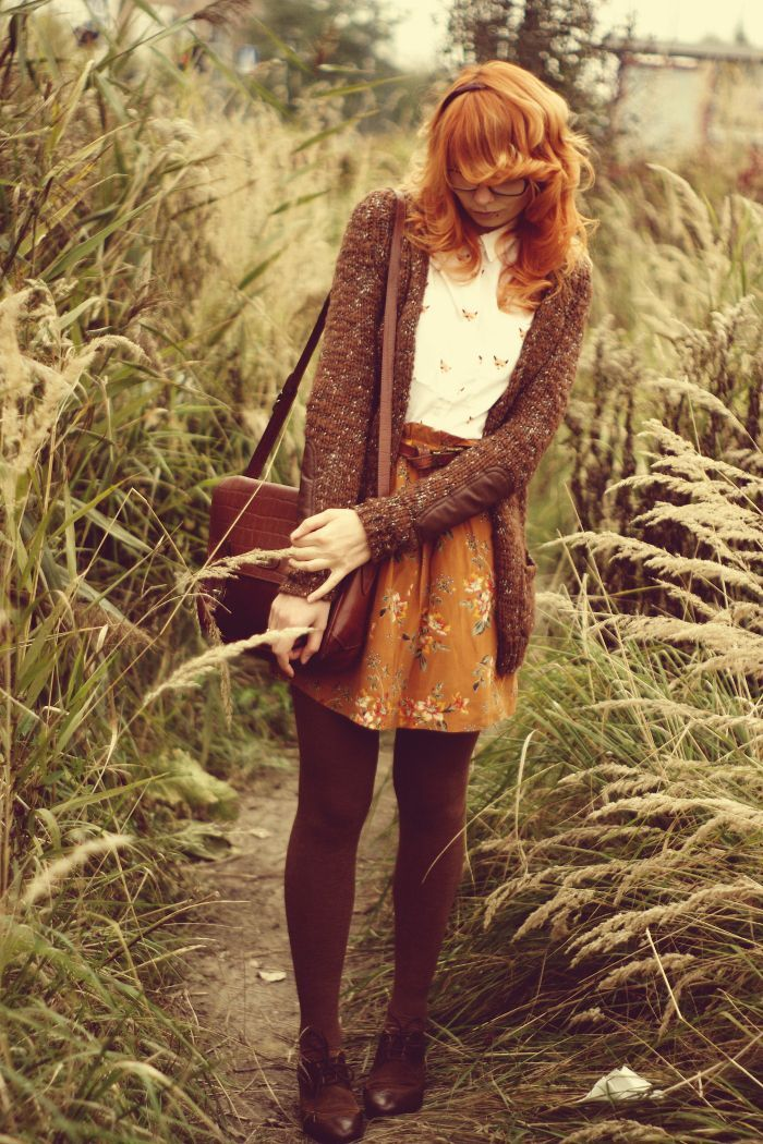 Alternative to black tights is brown paired with same color shoes. Love the different shades of brown in this outfit.: