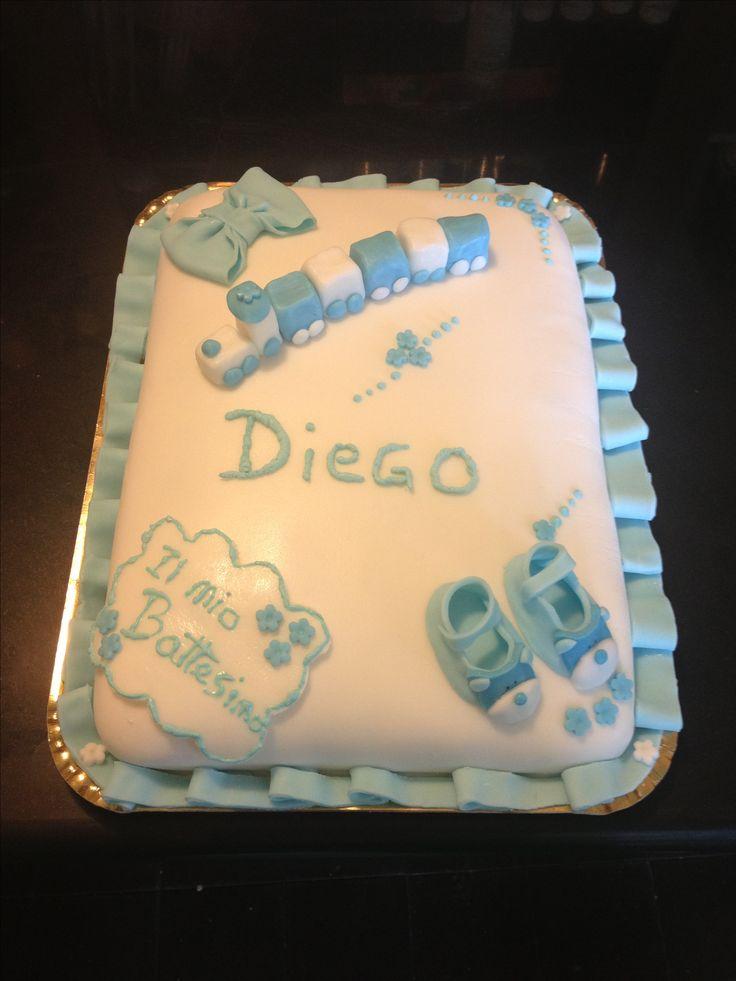 #sugarpaste #cake for #christening or #birtday with #train #shoes and #ribbon #white and #blue // #Torta in #pastadizucchero #pasta di #zucchero #pdz #idea per #compleanno o #battesimo #bambino con #trenino #scarpe e #fiocco #bianco e #azzurro // #fondant #tarte #gateu pour #anniversaire ou #bapteme avec #petit #train #chaussures et #arc #blanc et #bleu