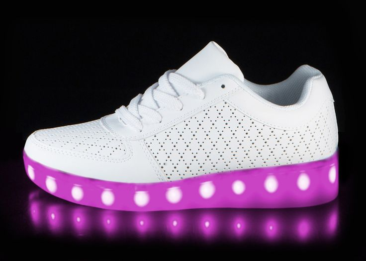 61e8415b482 kids nike light up shoes white