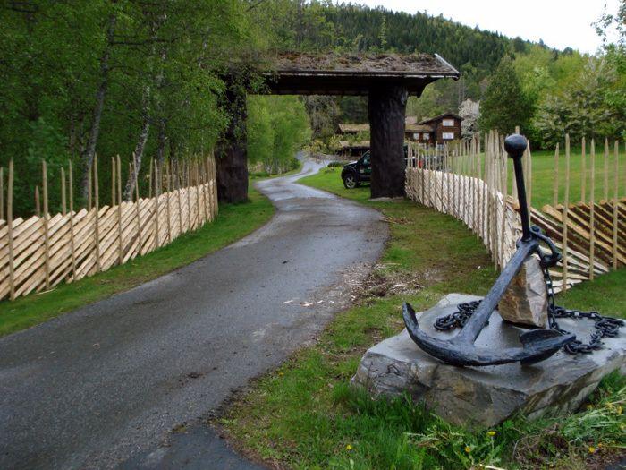 Норвежский деревянный забор