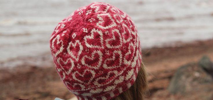 Queen of Hearts Hat                      – Fleece & Harmony PEI