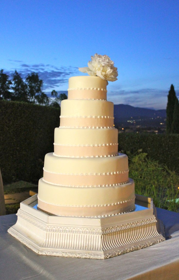 artificial wedding cakes northern ireland florence tuscany wedding cake 5 tier wedding cake 10851