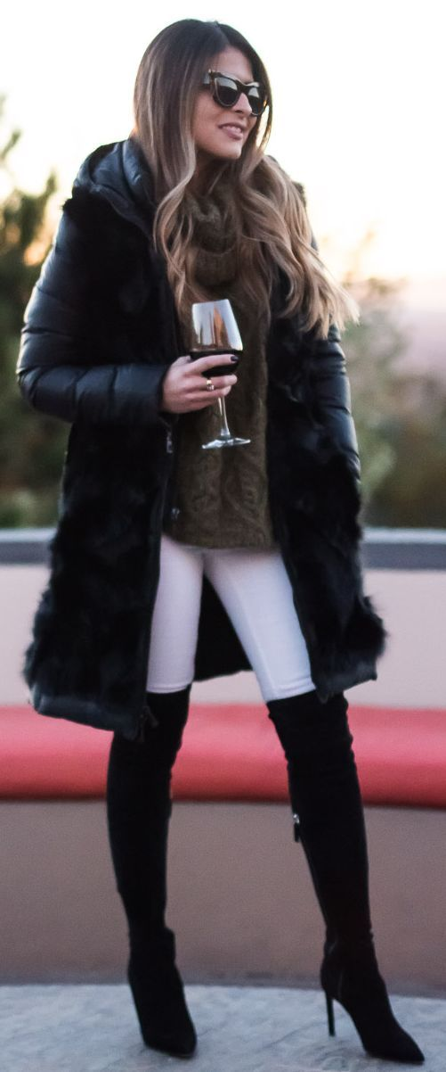 Black Puffer And Faux Fur Detail Coat Fall Street Style Inspo by The Girl From Panama