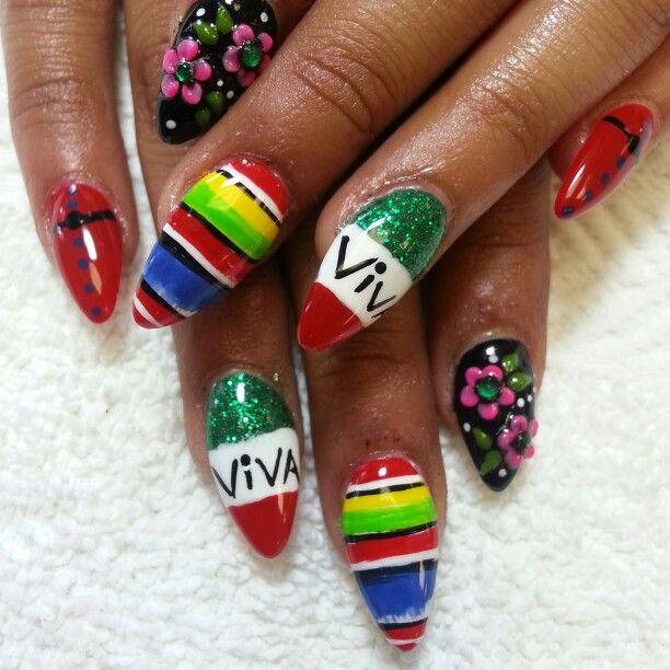 Mexican Flag nail art