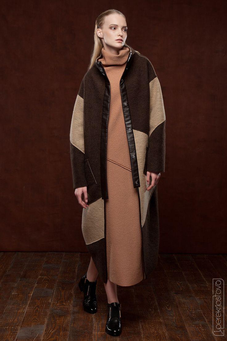 Двухстороннее пальто из валяной шерсти - J.Perekriostova