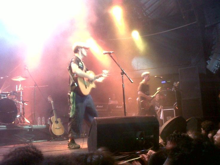 Manu Chao em show no Circo Voador - Lapa - Rio de Janeiro - fevereiro de 2012. (Foto Carla Reichert)