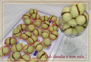 Dolcilandia e non solo...: Baci al pistacchio