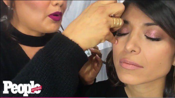 La maquilladora de celebridades Alejandra Barraza comparte sus tips para que la aplicación de las pestañas postizas individuales sea más fácil.