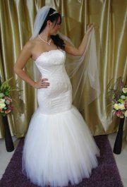 Zita menyasszonyi ruhánk