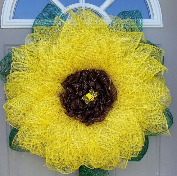 New XL... Sunflower Wreath with Bumble Bee