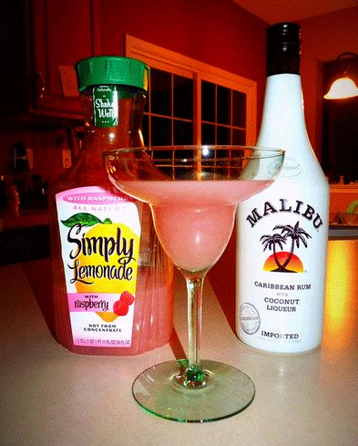 Simply Lemonade with Raspberry and Malibu Coconut Rum