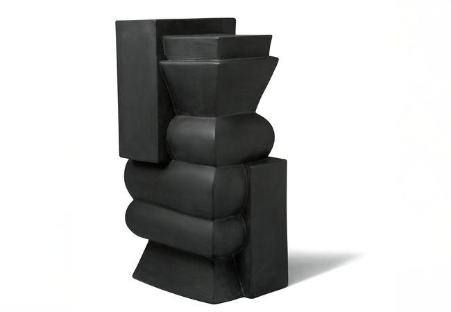 Philippe Barde, œuvre réalisée à partir d'un moule original de Paul Bonifas, grès, émail lustré noir, 2009, collection particulière © Vincent Lieber