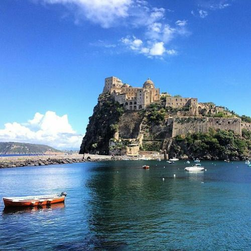 Campania Isola d'Ischia - Castello aragonese   #TuscanyAgriturismoGiratola