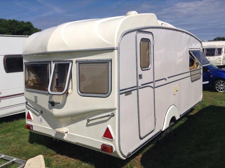 les 145 meilleures images du tableau caravane anglaise sur pinterest caravanes vintage. Black Bedroom Furniture Sets. Home Design Ideas