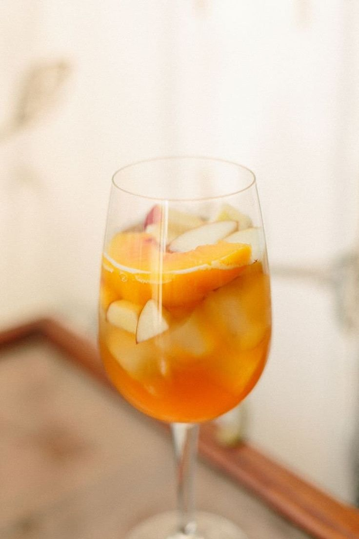 Recipe: Peach Lambic & Rye Sangria — The 10-Minute Happy Hour