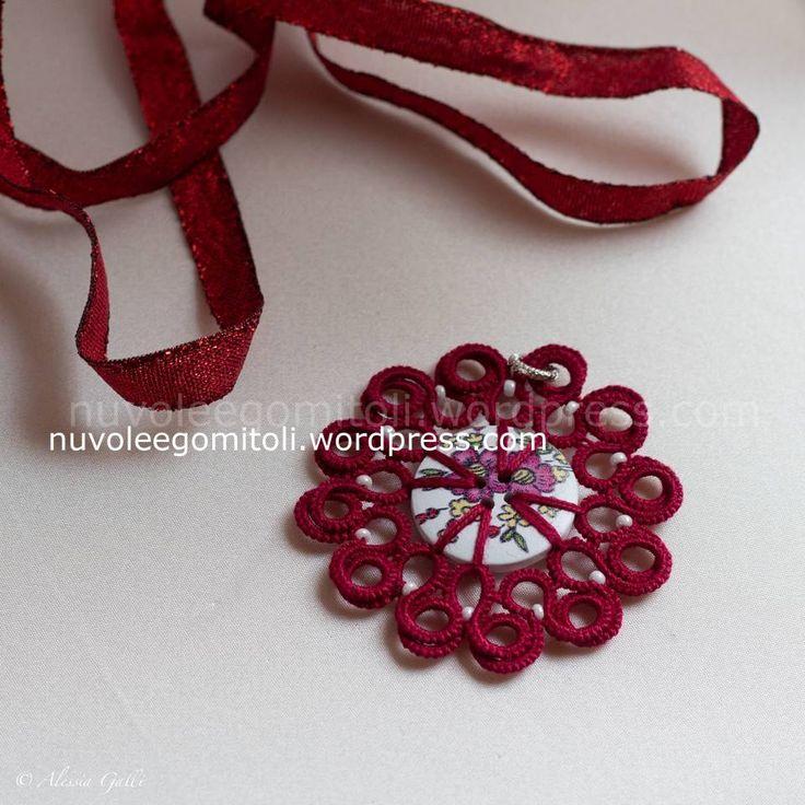 Ciondolo Ortensia in rosso