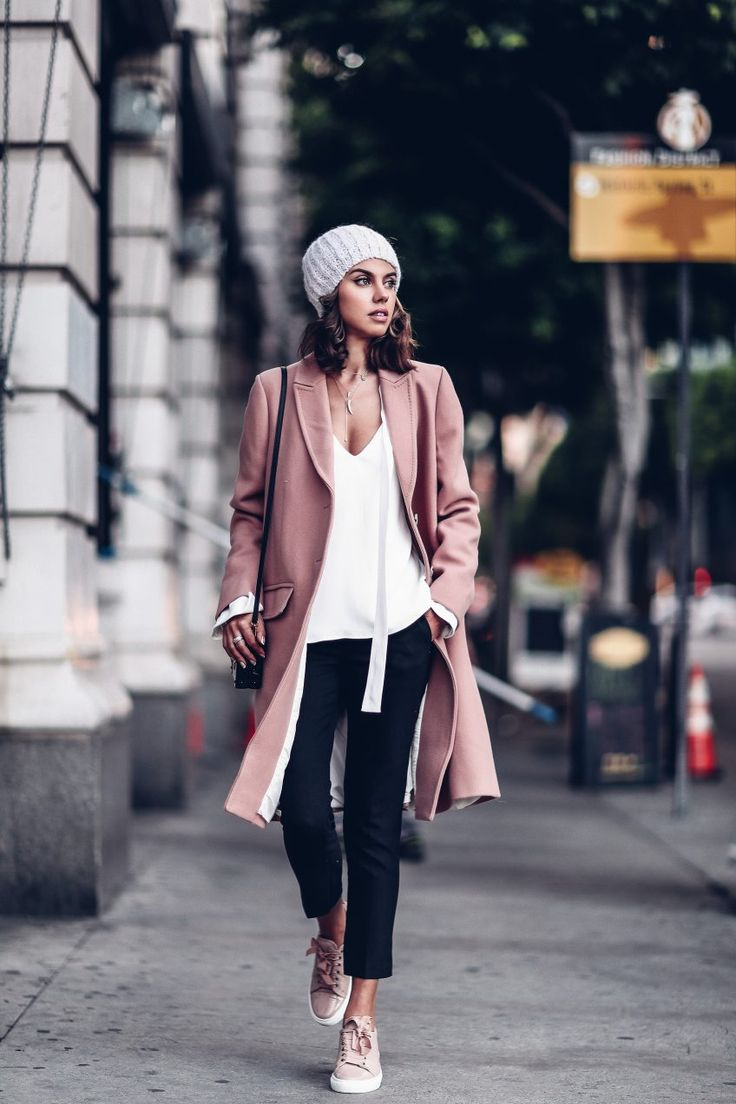 Pastel outfit - pink coat + pink sneakers