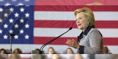 """Hava kuvvetleri imamından Clinton'a bağış: FETÖnün """"hava kuvvetleri imamı"""" olduğu belirtilen Adil Öksüz'ün Clinton için çalışan komiteye hayali bir şirket üzerinden 2014te 5 bin dolar bağış yaptığı ortaya çıktı."""