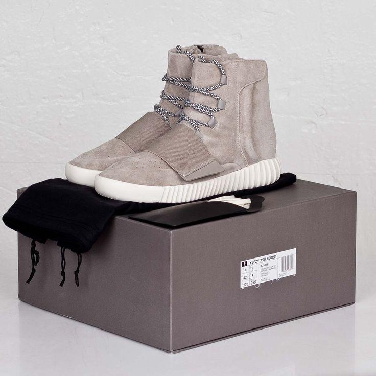 adidas Yeezy 750 Boost                                                       …
