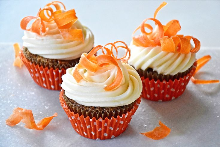 Carrot cake cupcakes with candied carrot curls recipe
