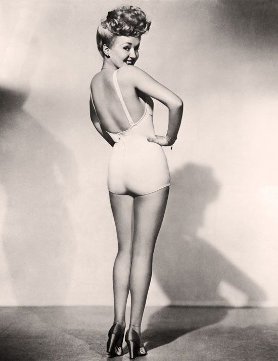 """Vintage Icon: Betty Grable, blonde bombshell of musical comedy """"Coney Island"""" - circa 1940s    http://www.wolfandwillowblog.com/2010/09/vintage-icons-betty-grable.html"""