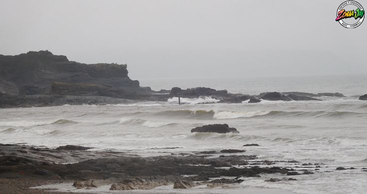 We have a 2ft reasonably clean wave in Bude today. Winds are light and South Easterly for most of the day.  Again its going to be a day to head to the town beaches. Grab that long board and get your slide on!!!  Check out the weeks surf forecast, and our live web cams here - www.zumajay.co.uk/surf-report